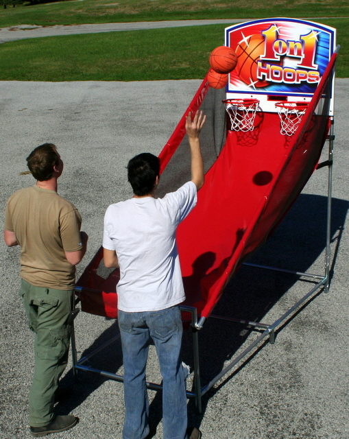 Where to find Basketball 1 on 1 Hoops in Iowa City