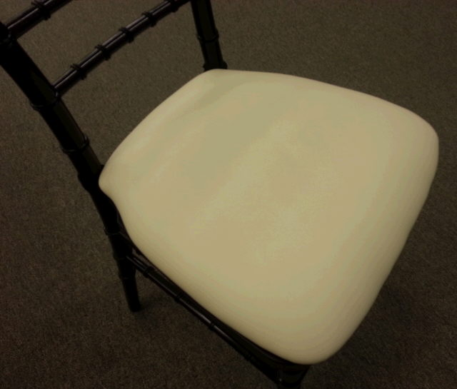 Where to find Cushion for Chiavari Chair Ivory Vinyl in Iowa City
